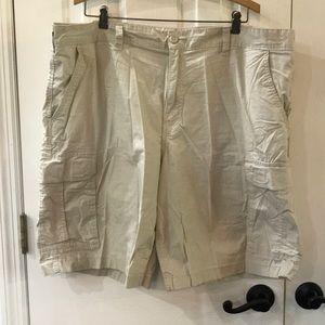 Men's Cargo Shorts, Size 42